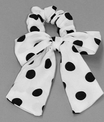 Scrunchie Bow Dots/ Stippen in wit zwart