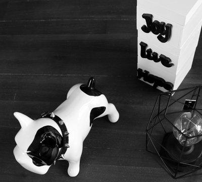 Hond | Bulldog | Keramiek 23 cm
