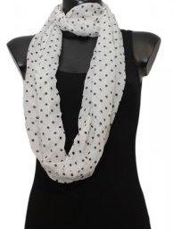 Witte Col sjaal met zwarte stippen