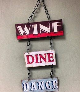 Tekstbord   Wine   Dine   Dance