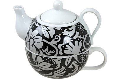 Tea for one | Black Leaves
